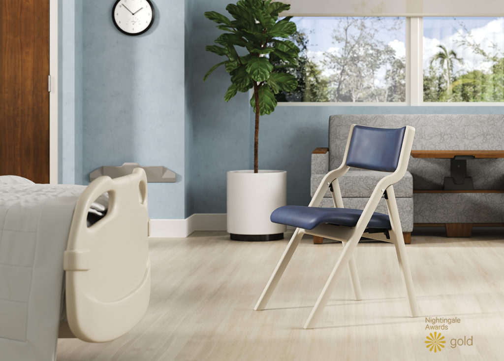 perk folding chair with sleepToo® and Smartrail®