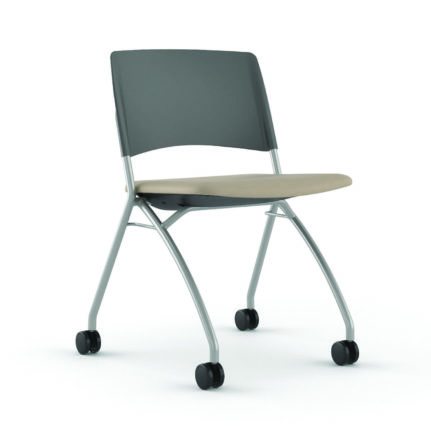 Delta task chair, uph seat and plastic back, with casters